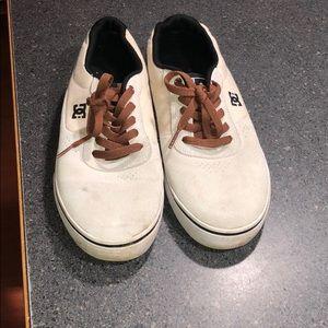DC super suede skate shoes.